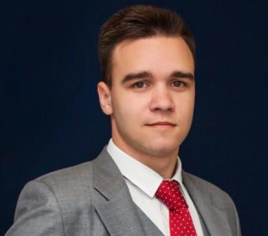 Эдуард Прохоров, юрист коллегии: Проблема обращения взыскания на единственное жилье сдвинулась с мертвой точки благодаря Конституционному Суду РФ